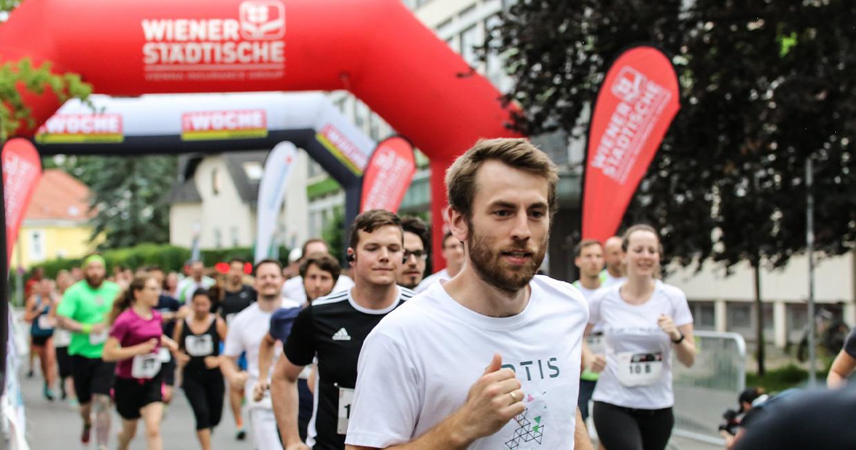 Läufer beim Start des StartUp Run