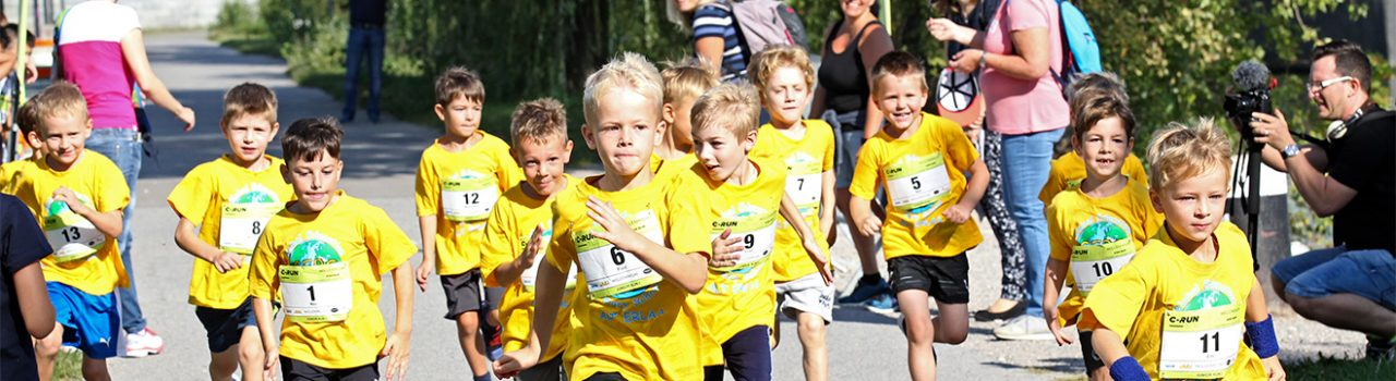 Kinder beim Start des C-RUN Kids Run