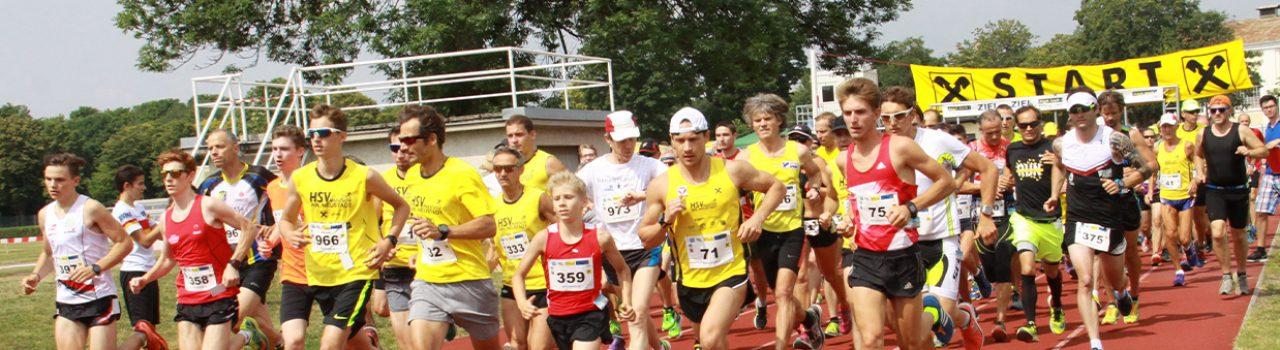 Läufer beim Start des Akademieparklaufs