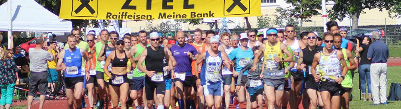 Läufer beim Start des Akademieparklauf