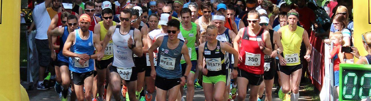 Läufer beim Start des St. Laurent Lauf